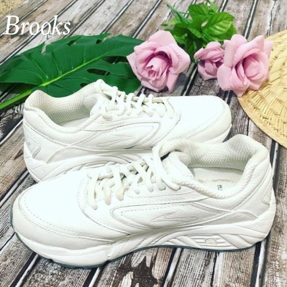 Brooks Shoes | Addiction Walker Womens